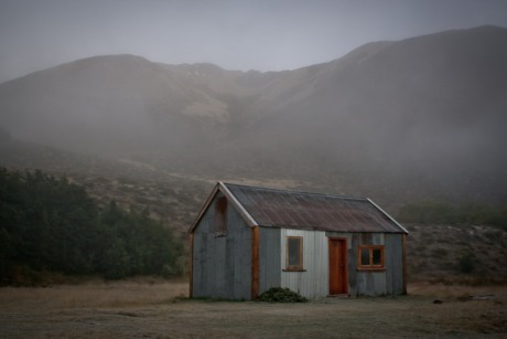 A hut in the Clarence River Valley, Rainbow Road